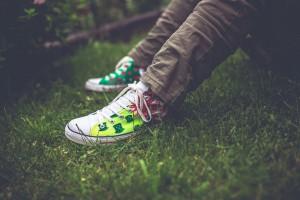 Giovani: buone le relazioni sociali, ma abitudini poco salutari