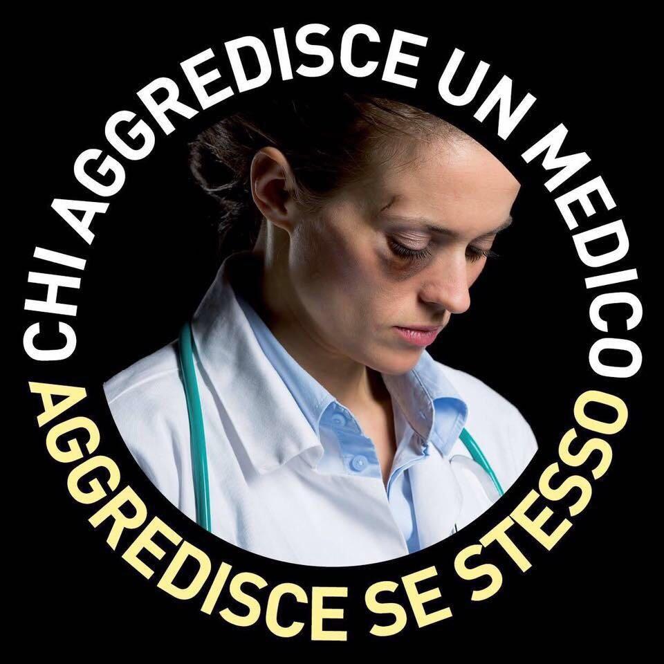 Aggressioni ai medici, una donna medico con il volto tumefatto per le botte