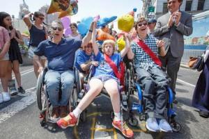 """Disability Pride: """"In piazza per i diritti di tutti"""". Polemiche assenza Fontana"""