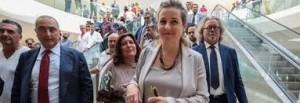 """Ministra Grillo rassicura dopo la tentata aggressione: """"sto bene, un cittadino voleva consegnare una denuncia"""""""