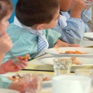 Mensa scolastica, i genitori vogliono cibi più sani