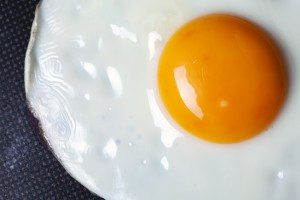 Uova: troppe aumentano rischi cardiovascolari