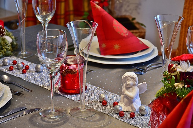 table-1930862_640