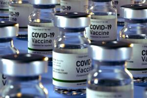 1536x1024_red_vaccinazione