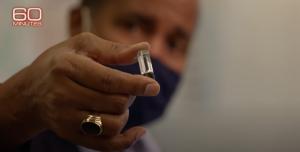 Covid, microchip sotto pelle