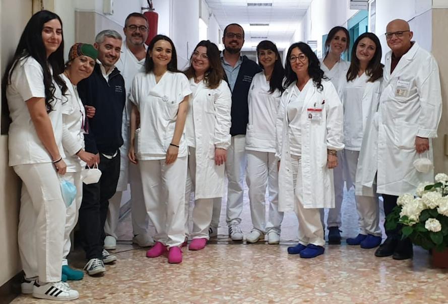 Il team del Centro per la Sclerosi Multipla in uno scatto pre covid